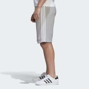 3-Stripes_Shorts_Gkri_DH5803_22_model